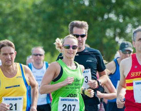 Jodi running
